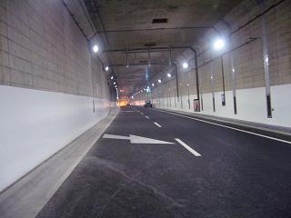 山手トンネル2